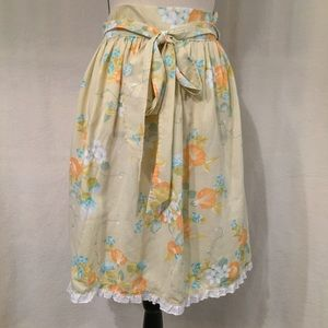 Vintage hand made yellow floral ruffle half apron